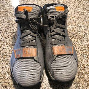 Men's Kevin Durant Nikes size 10.5